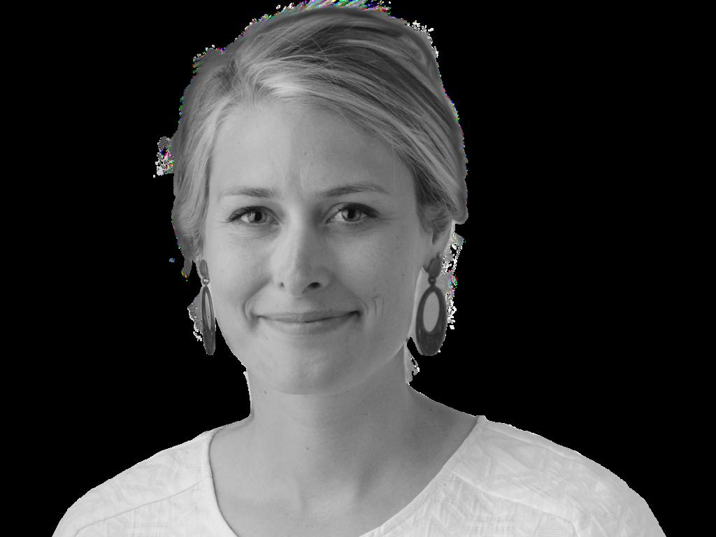 Adrienne Richter headshot