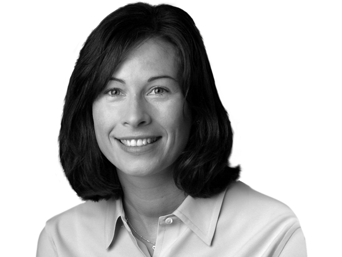 Kristin Schaefer headshot