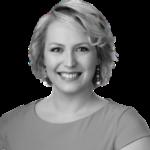 Lisa Guetzko headshot
