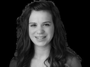 Sara Holsather headshot