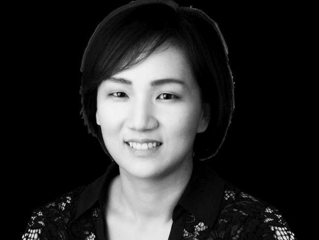 Woo Jeong Choi Headshot