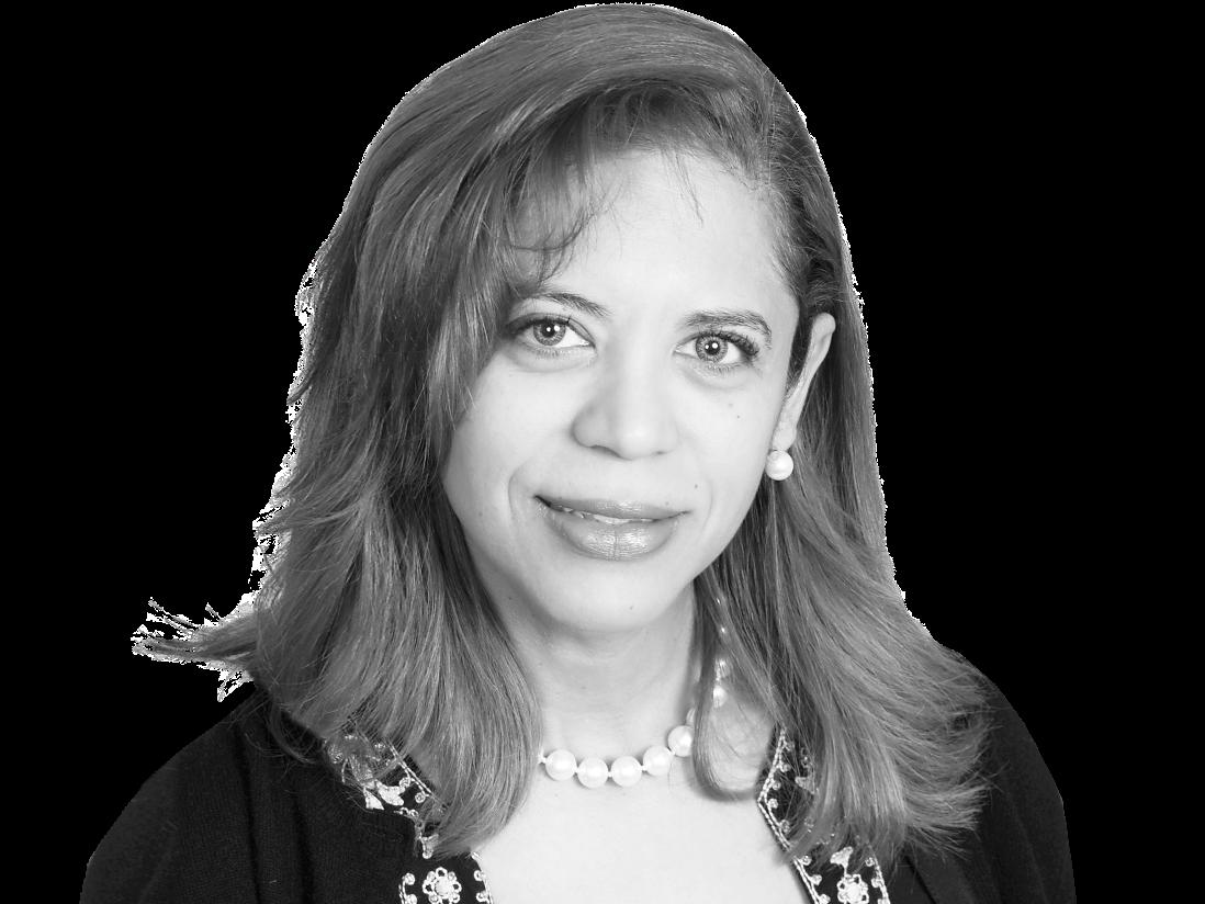 Mayra Oberto Medina Headshot