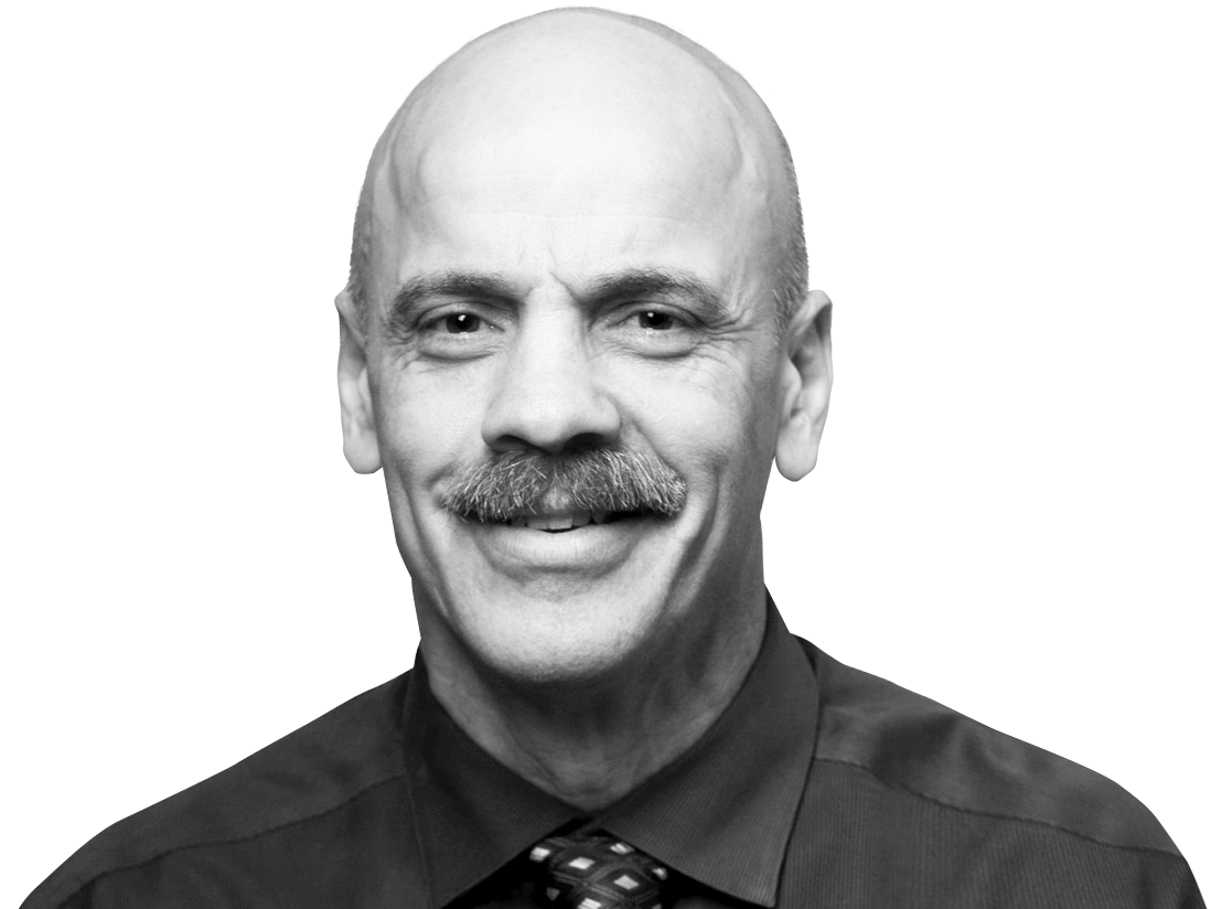 Thomas Barringer Headshot