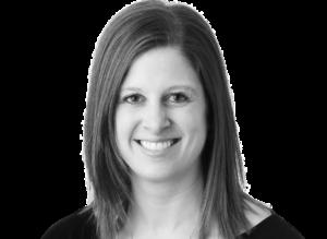 Amanda Klinger Headshot