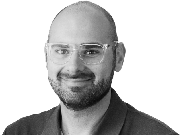Andrew Papazian Headshot